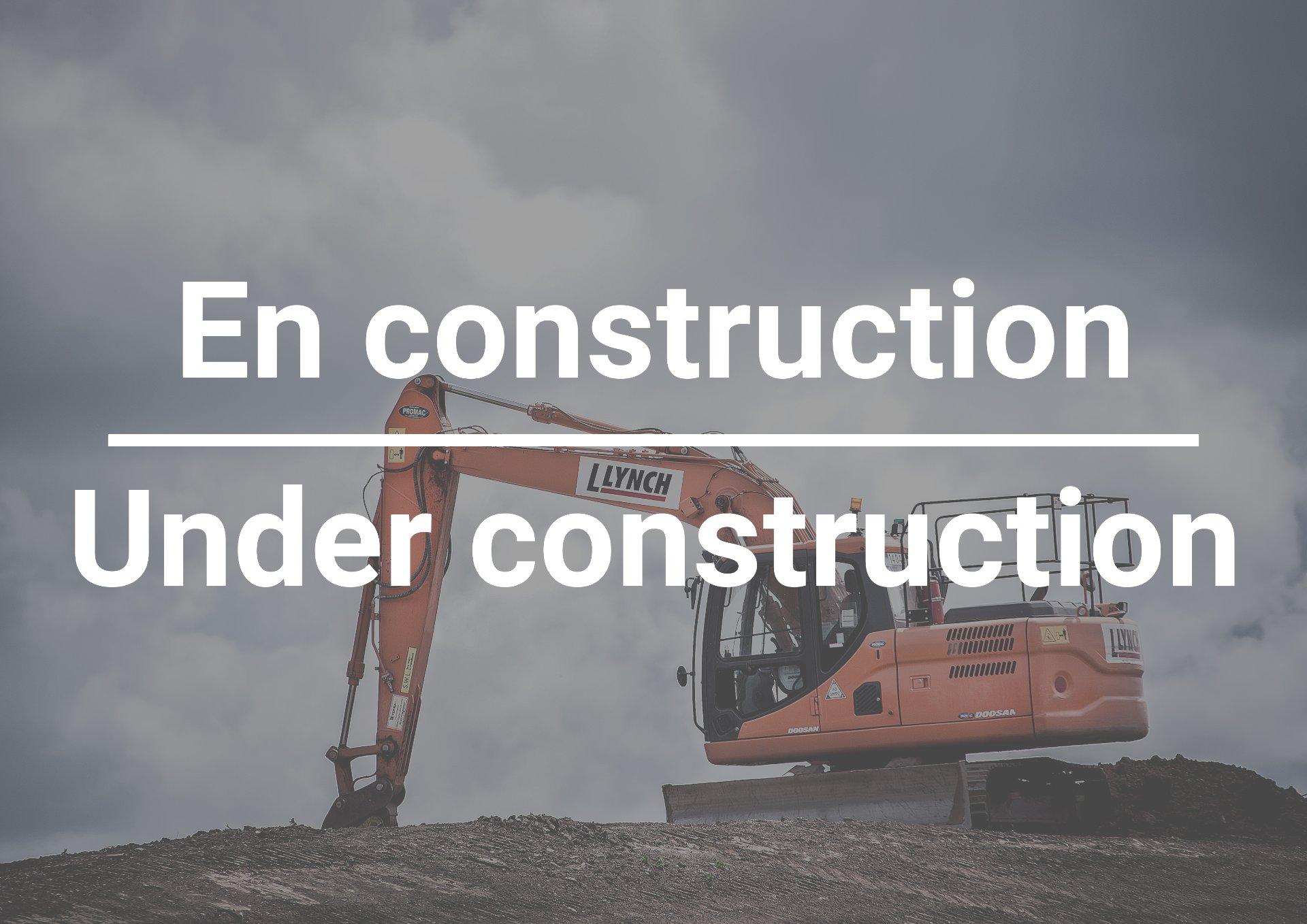 En construction Condo Montréal (Le Plateau-Mont-Royal)