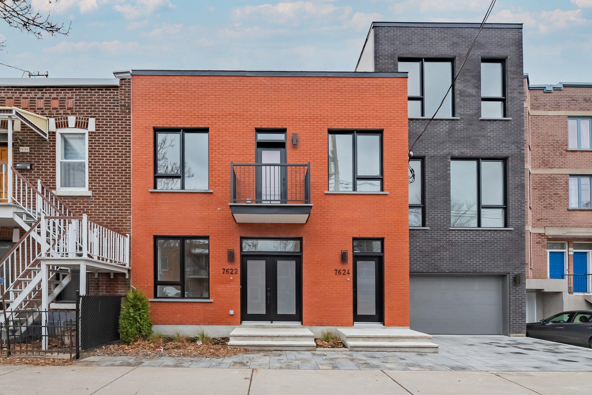 Façade Maison Montréal (Villeray/Saint-Michel/Parc-Extension)