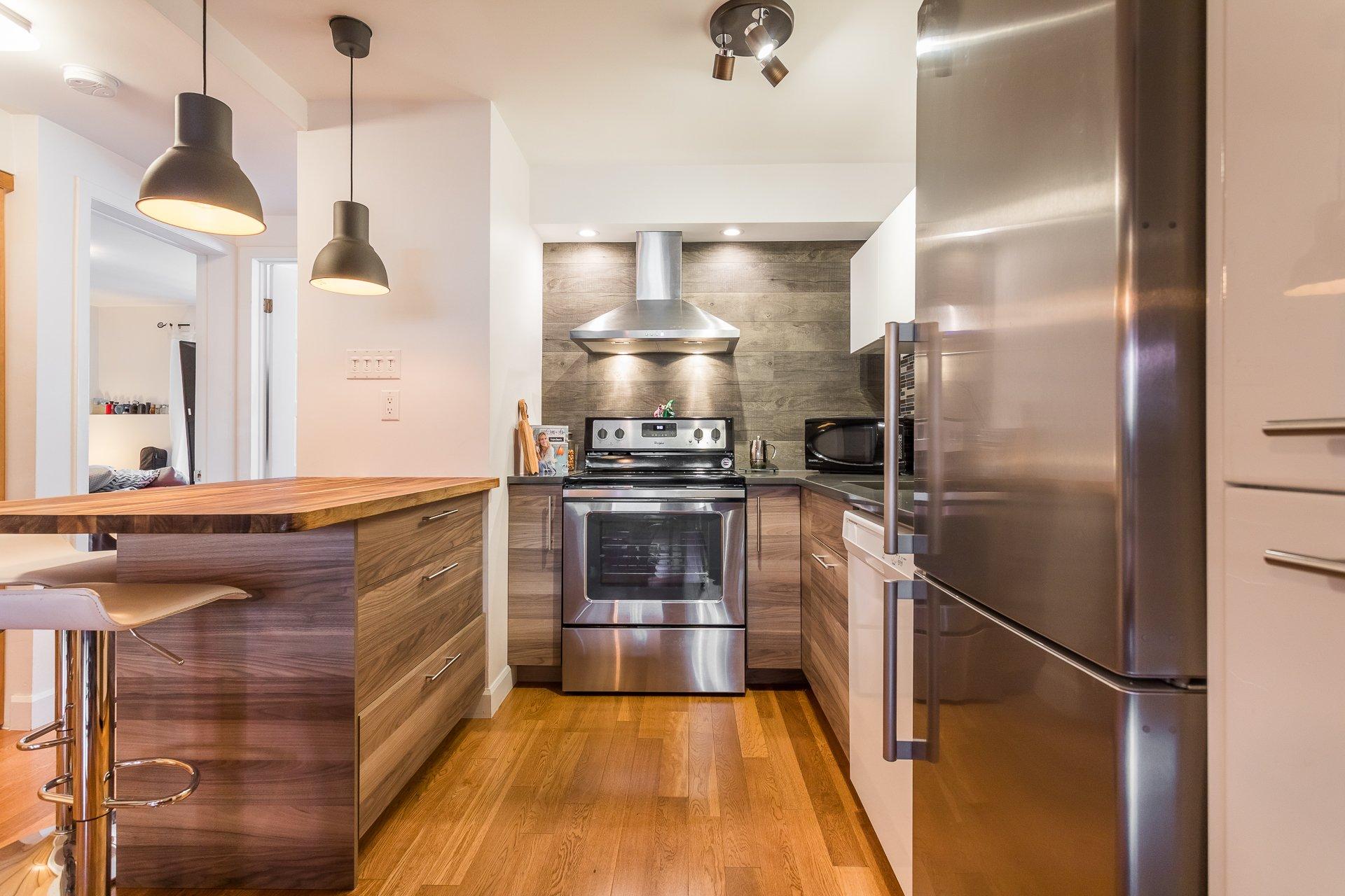 Kitchen Condo Montréal (Le Plateau-Mont-Royal)