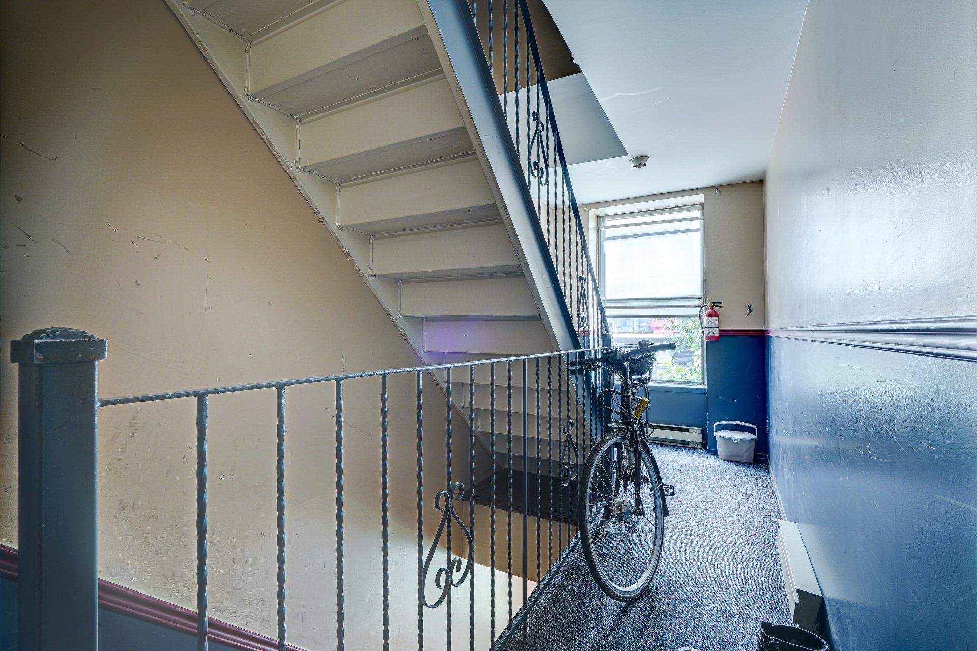 Escalier Triplex Montréal (Ville-Marie)