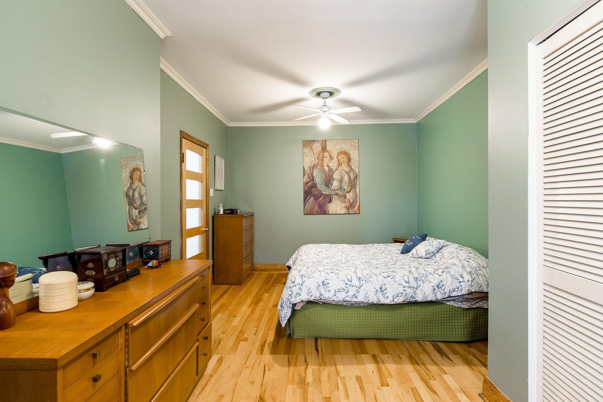 Chambre à coucher principale Maison Montréal (Rosemont/La Petite-Patrie)