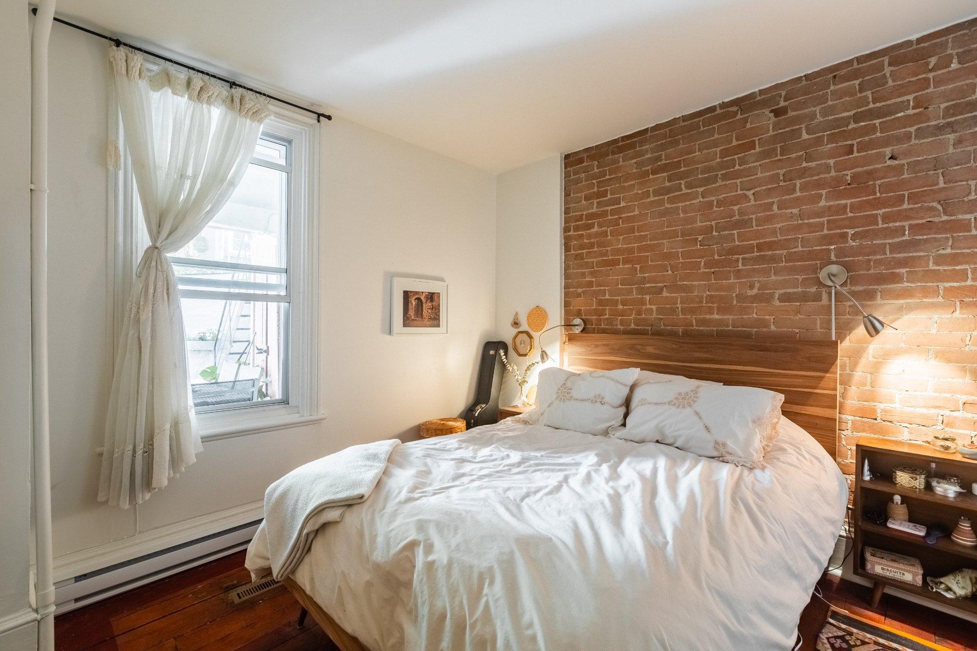 Chambre à coucher Triplex Montréal (Ville-Marie)