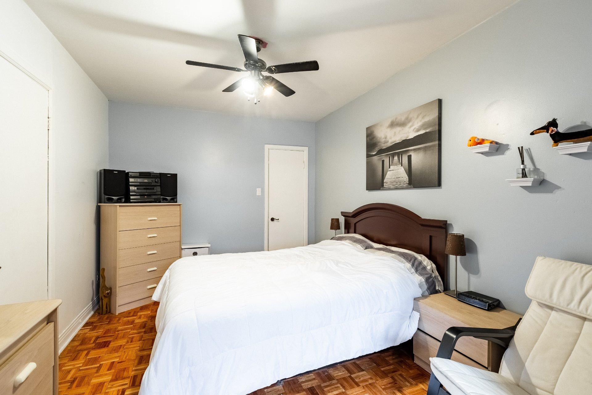 Chambre à coucher Duplex Montréal (Rosemont/La Petite-Patrie)