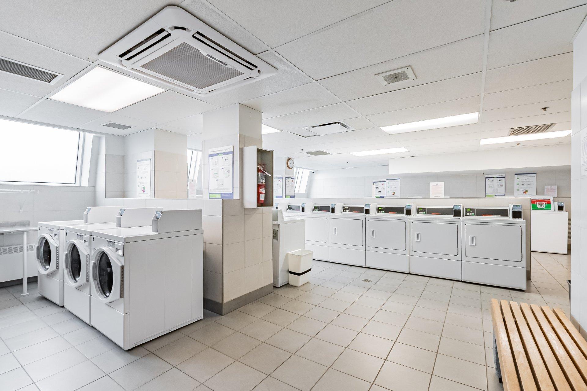 Laundry room Condo Montréal (Le Plateau-Mont-Royal)