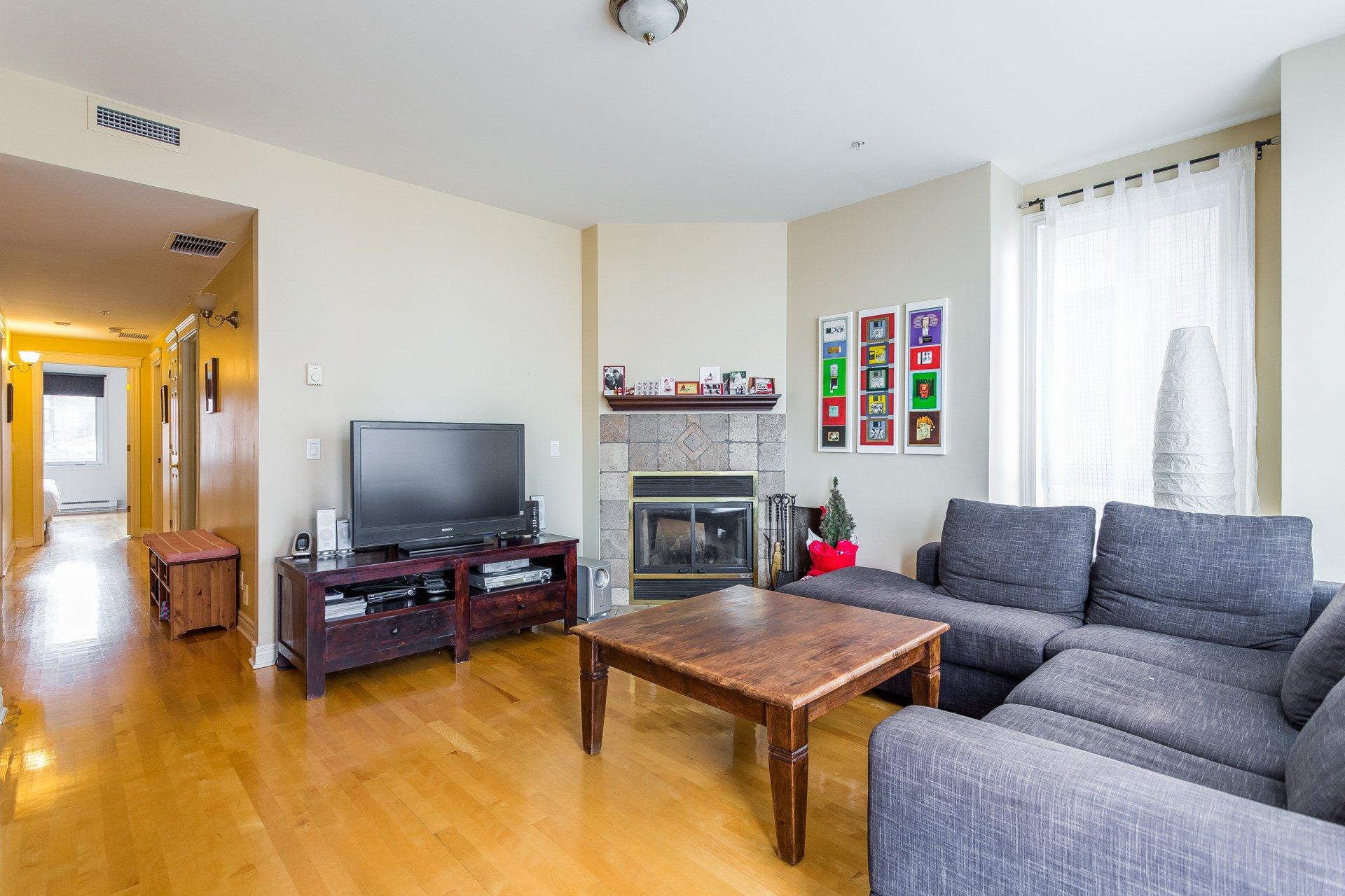 Living room Condo Montréal (Outremont)