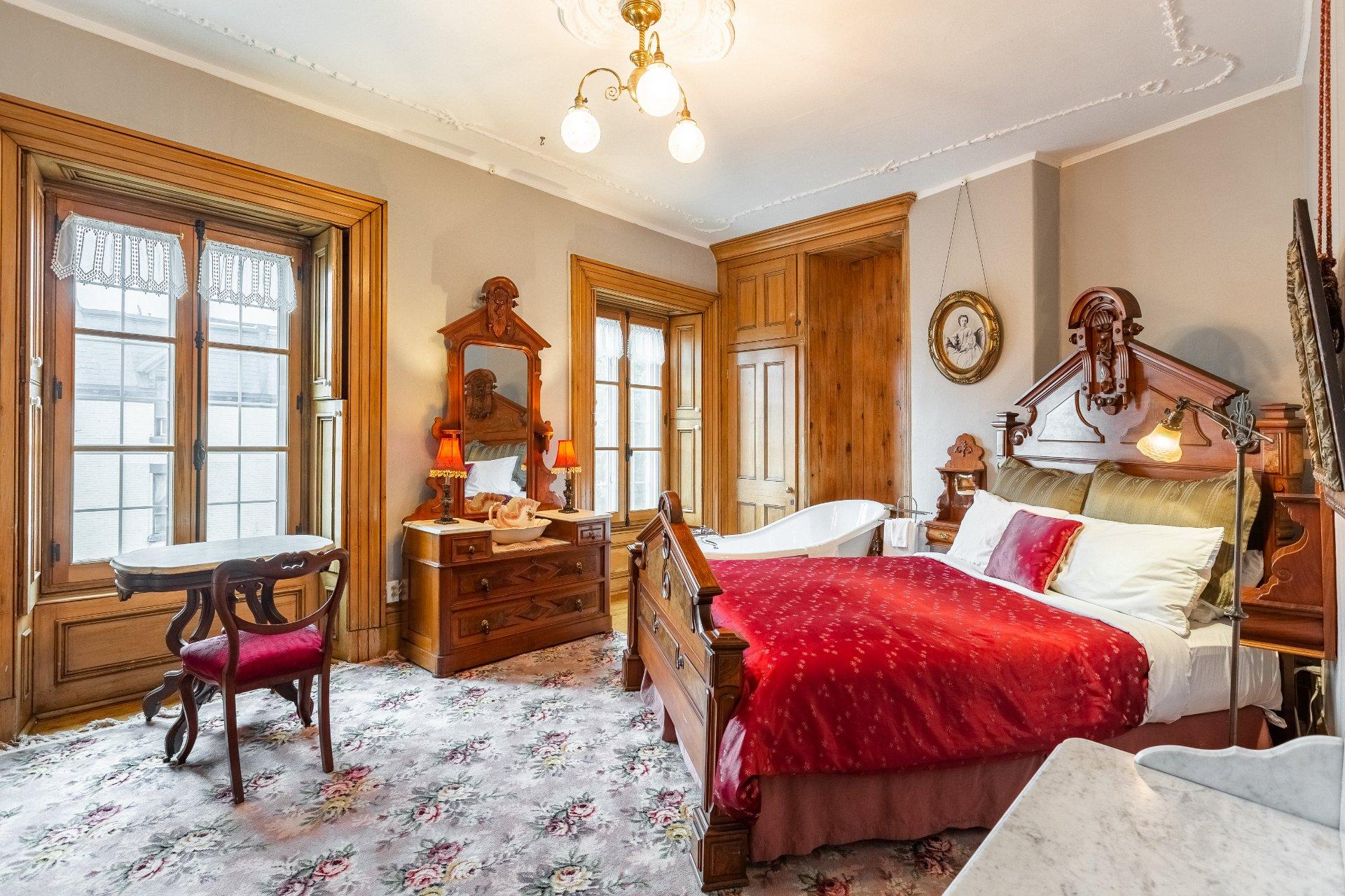 Chambre à coucher Propriété à revenus Montréal (Ville-Marie)