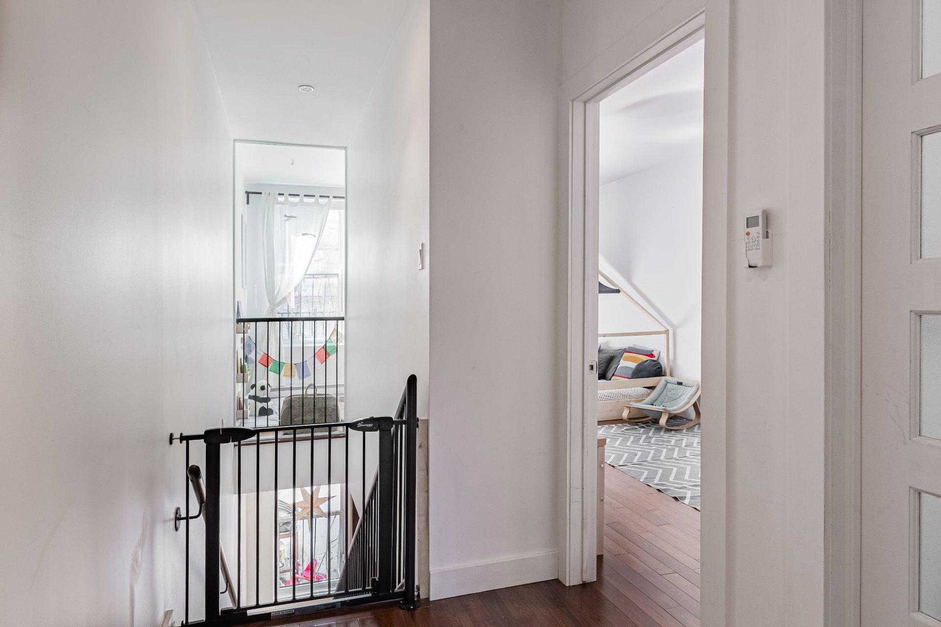Escalier Condo Montréal (Rosemont/La Petite-Patrie)