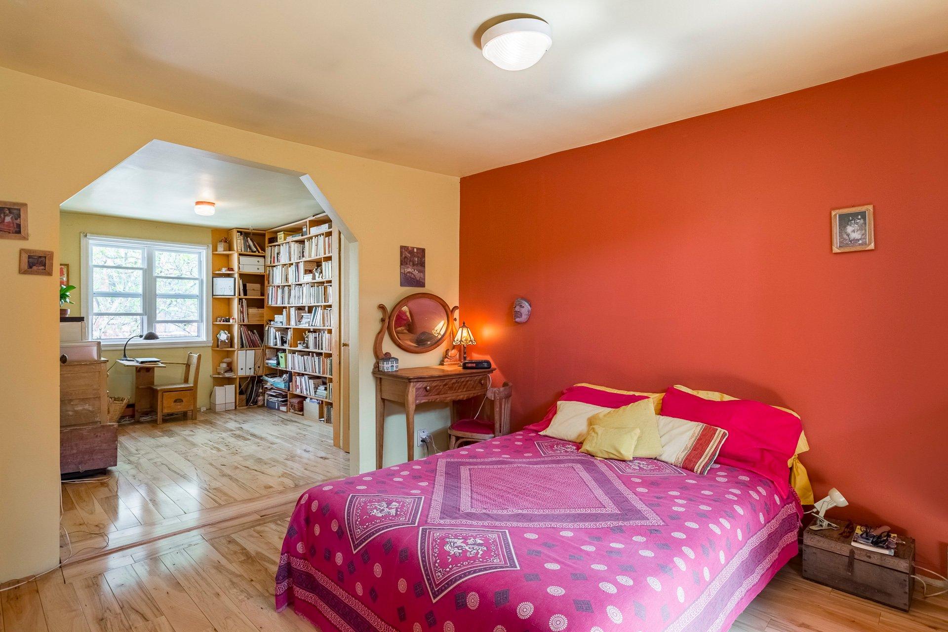 Chambre à coucher principale Duplex Montréal (Le Plateau-Mont-Royal)