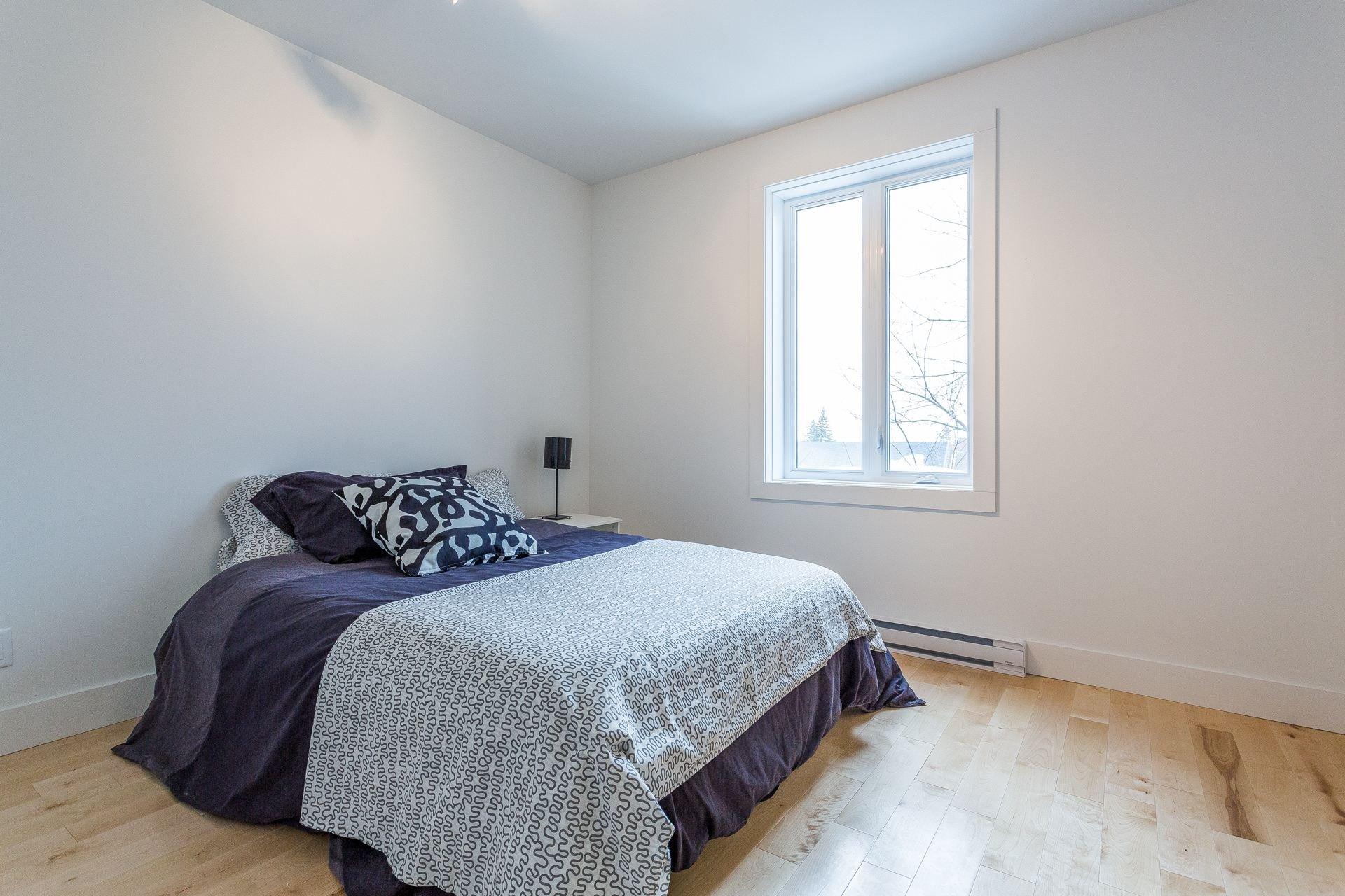 Chambre à coucher Condo Montréal (Côte-des-Neiges/Notre-Dame-de-Grâce)