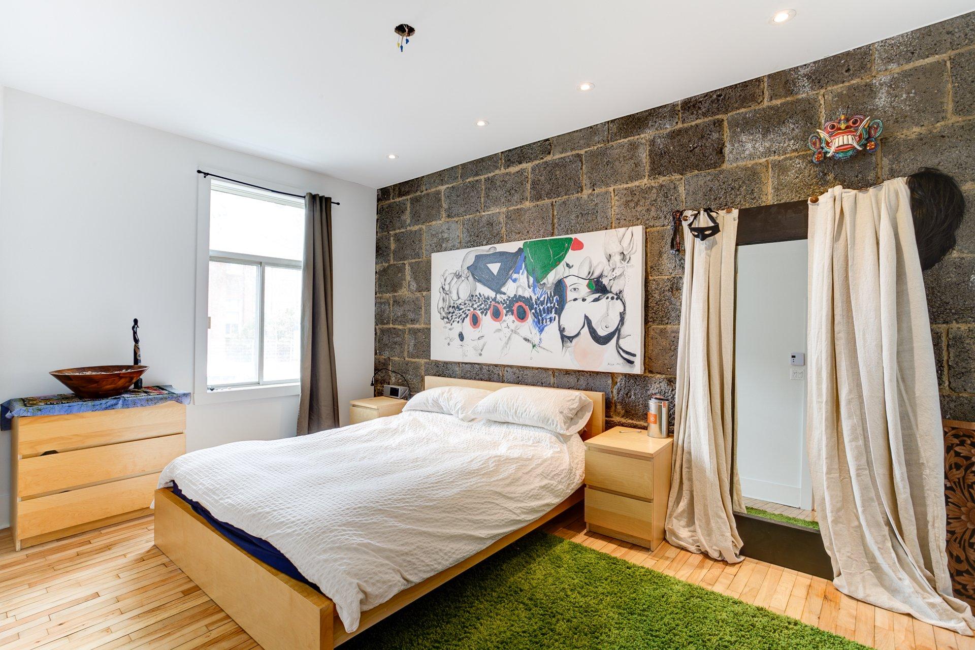 Master bedroom Condo Montréal (Rosemont/La Petite-Patrie)