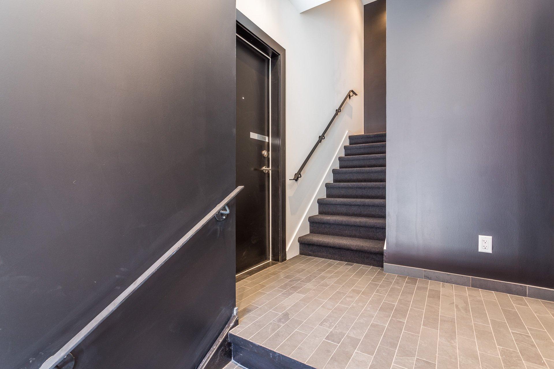 Hall d'entrée Condo Montréal (Le Plateau-Mont-Royal)
