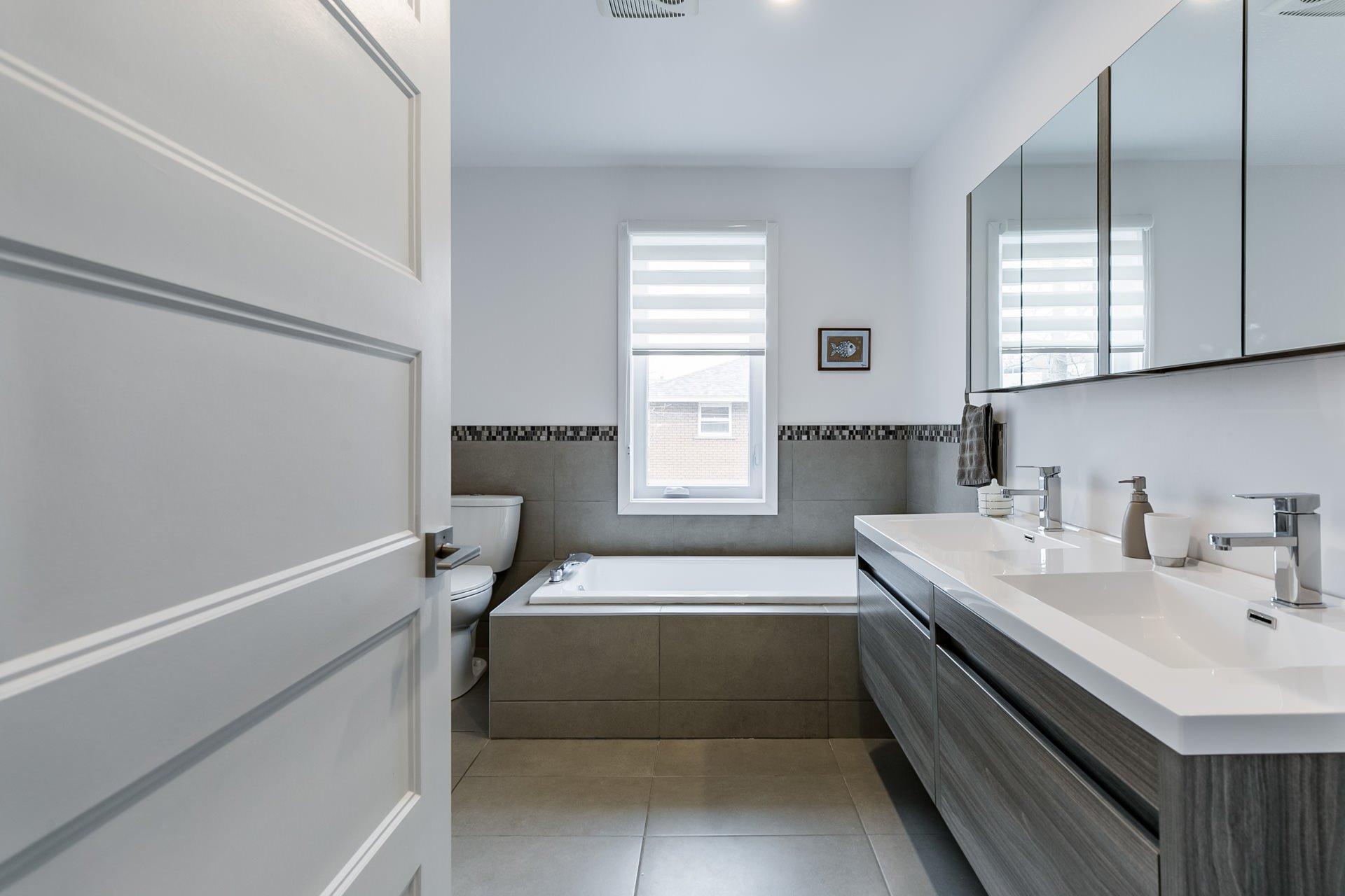 Salle de bains Triplex Longueuil (Saint-Hubert)