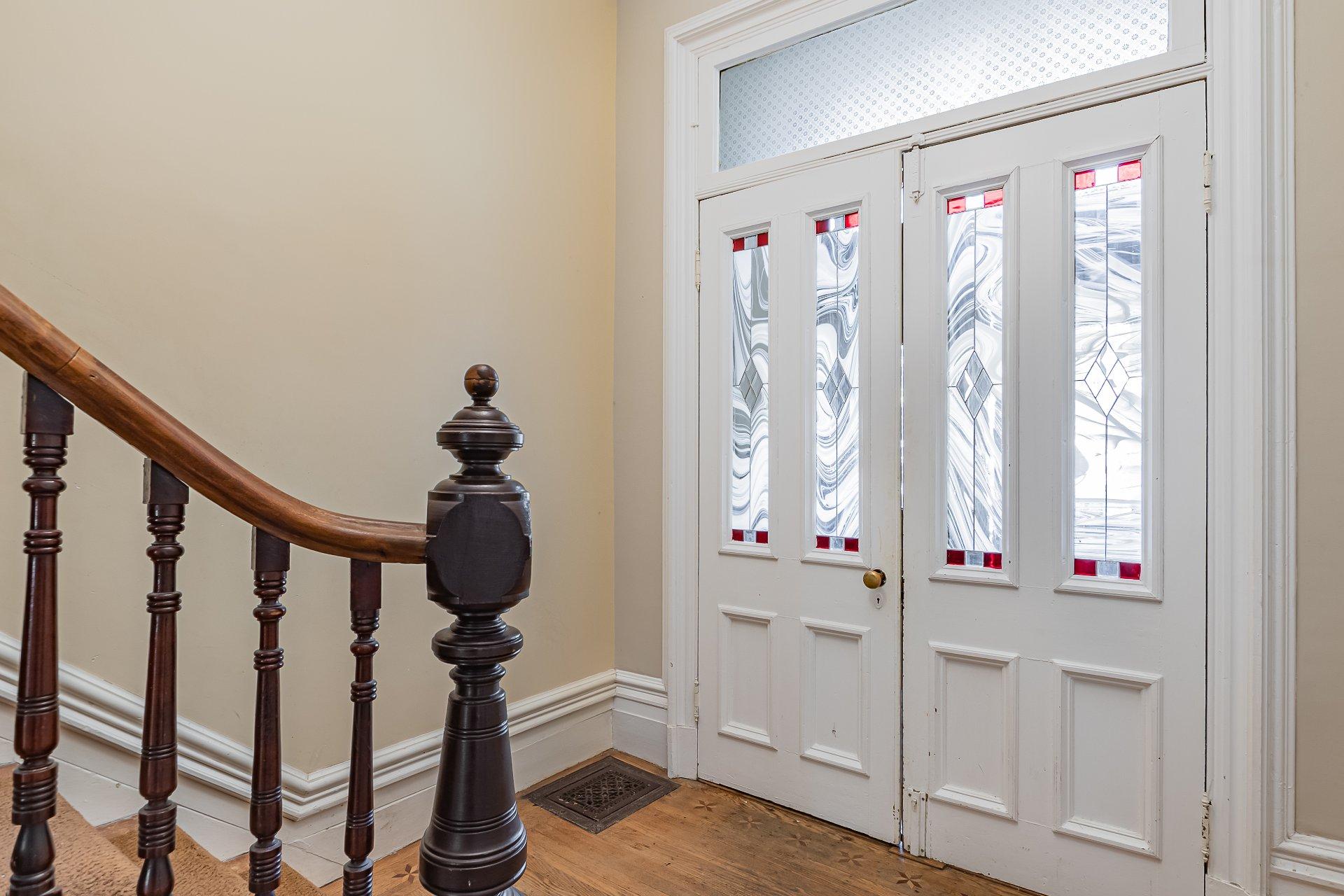 Entrée extérieure Maison Montréal (Le Plateau-Mont-Royal)