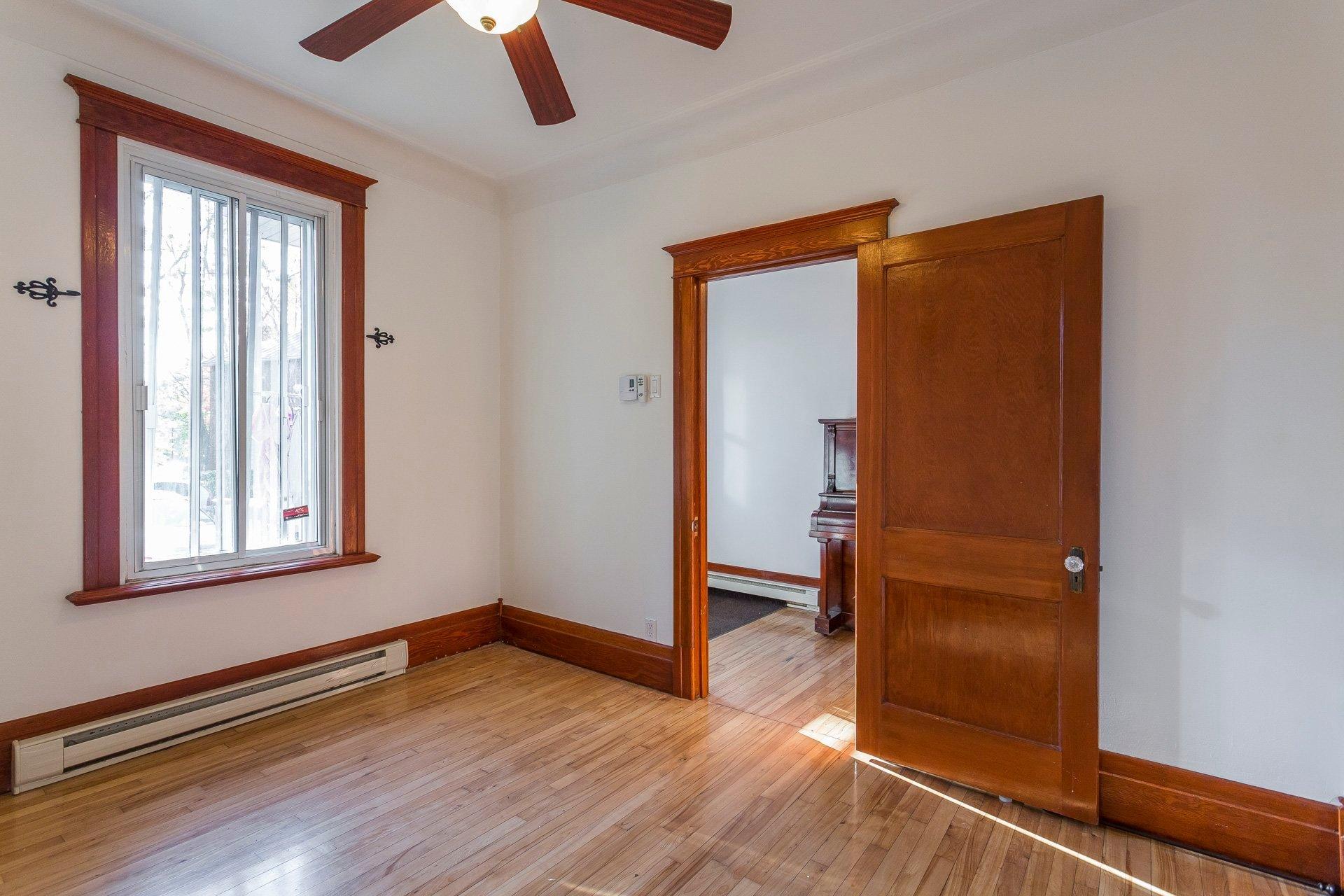 Chambre à coucher Duplex Montréal (Ahuntsic-Cartierville)