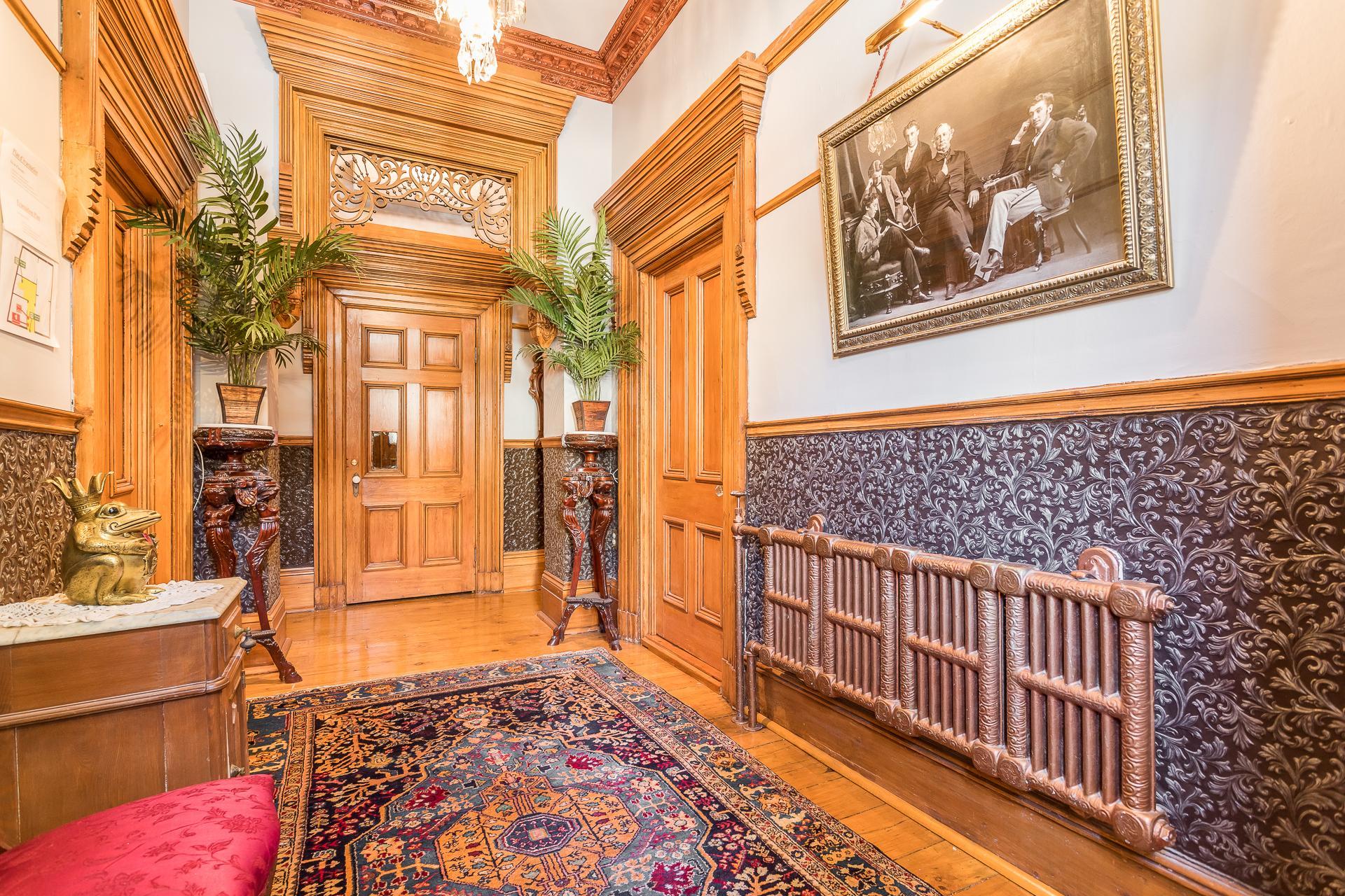 Hall d'entrée Propriété à revenus Montréal (Ville-Marie)