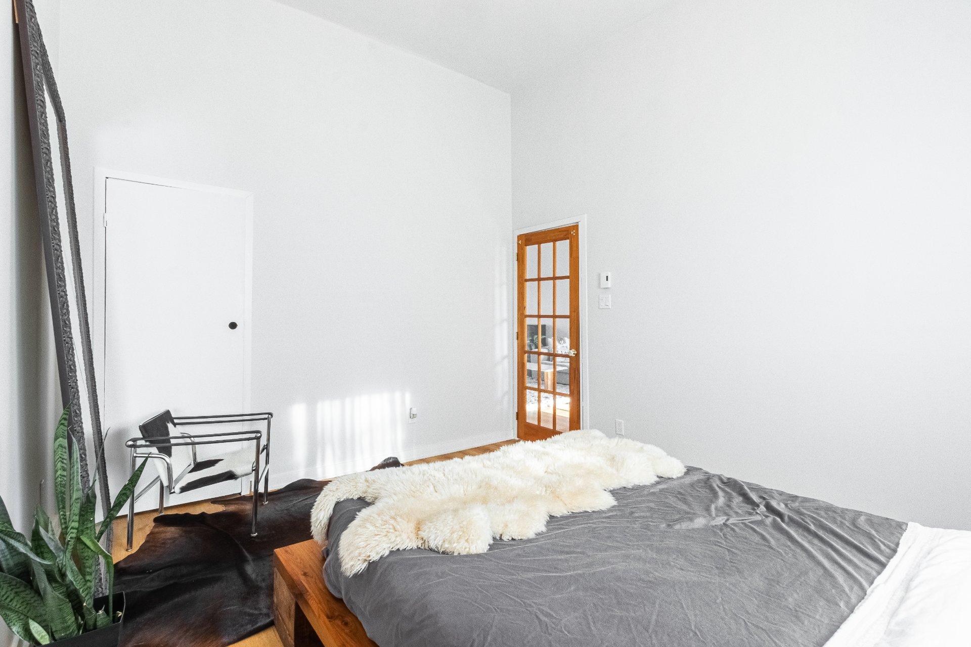 Chambre à coucher principale Maison de plain-pied Longueuil (Le Vieux-Longueuil)