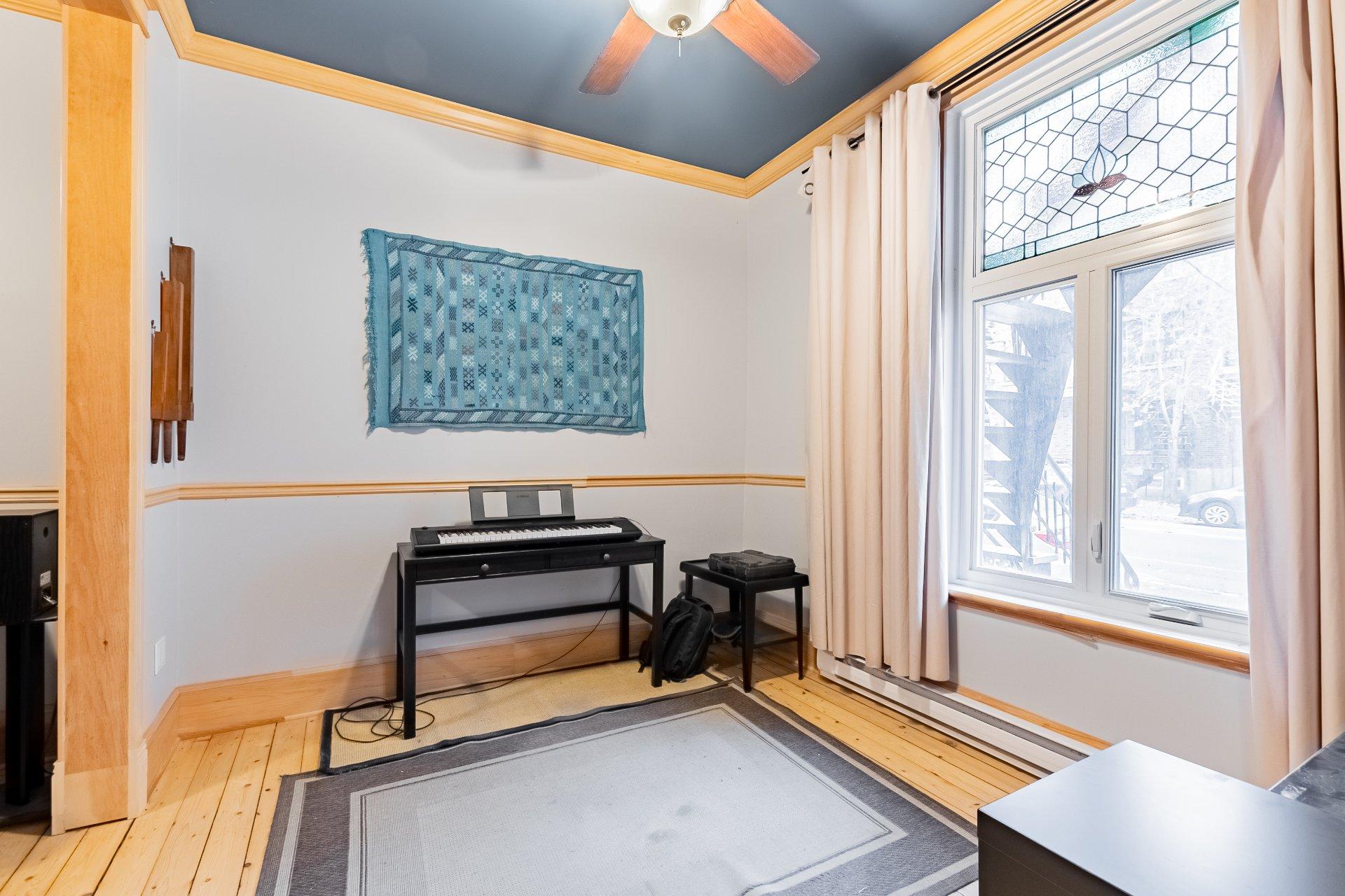 Salon Triplex Montréal (Le Plateau-Mont-Royal)