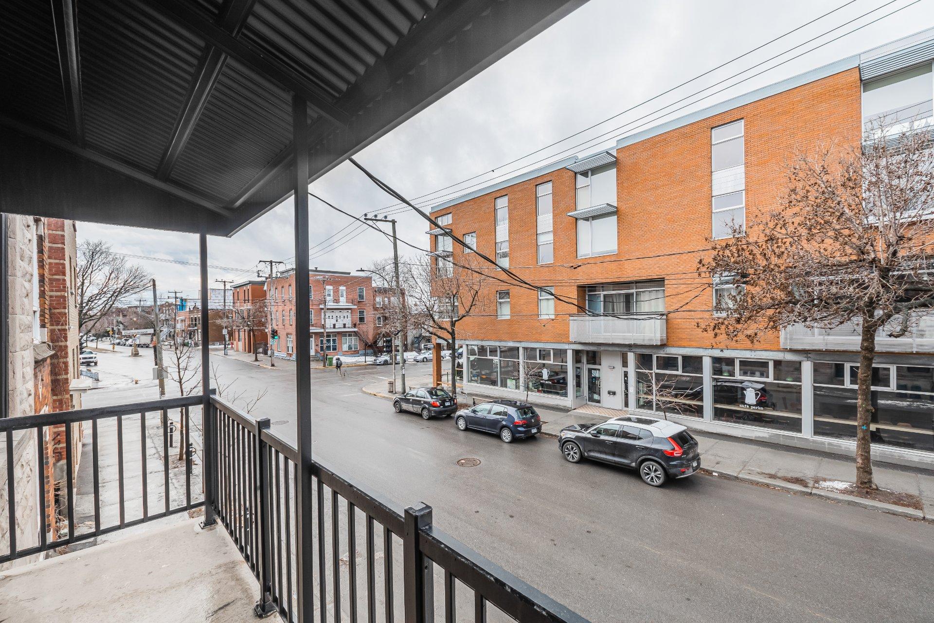 Balcon Triplex Montréal (Villeray/Saint-Michel/Parc-Extension)