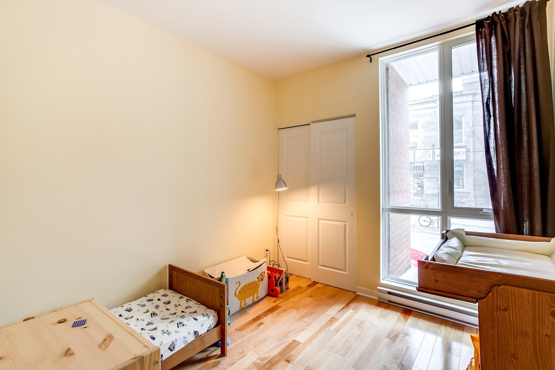 Appartement vendu le plateau mont royal montr al for Chambre communiquante